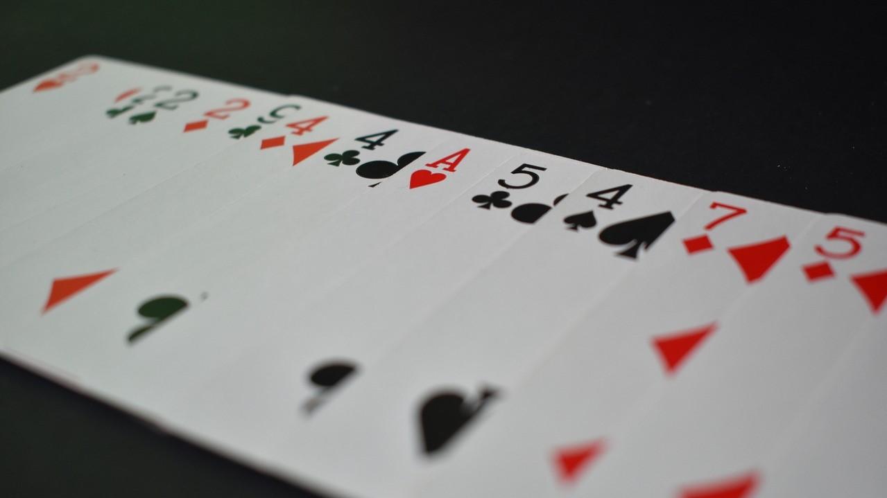 Der Ribbon Spread ist eine sehr visuelle Variante, um die Karten eines Decks vorzuzeigen